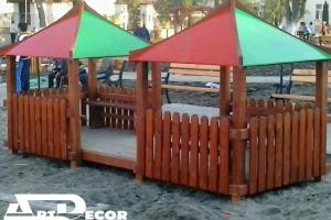 Casute din lemn pentru parcuri