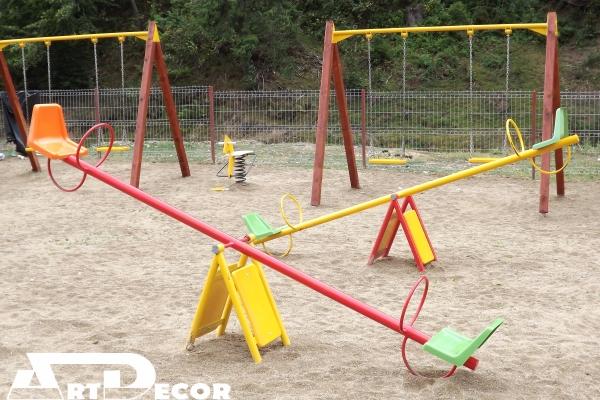 Element de joaca pentru copii-balansoar