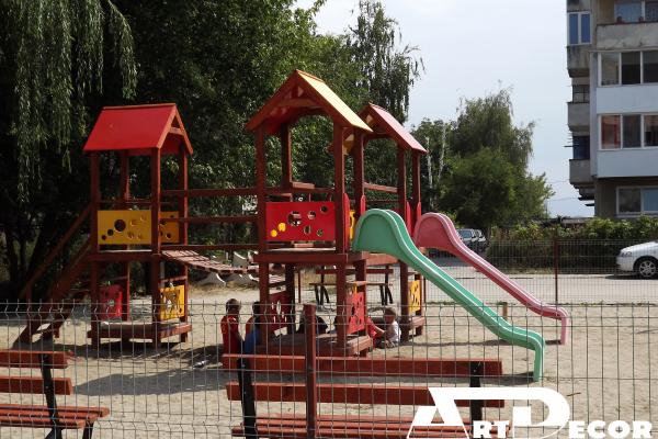 Tobogane-Complexe de joaca pentru Parcuri