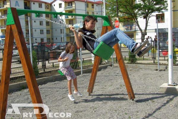 Echipamente de joaca pentru parcuri - Leagane