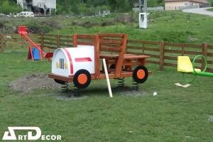 Masina pe arc