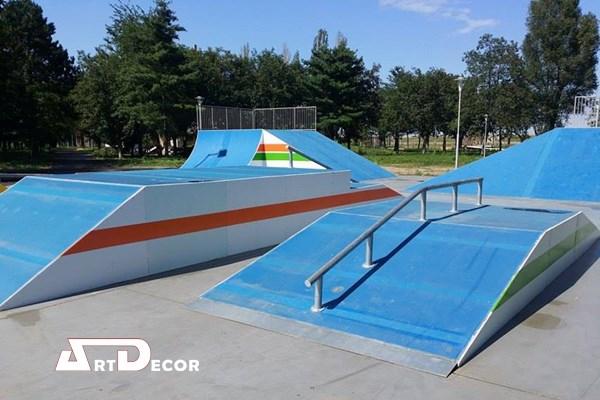 Mobilier urban si echipamente de joaca - Skateparcuri